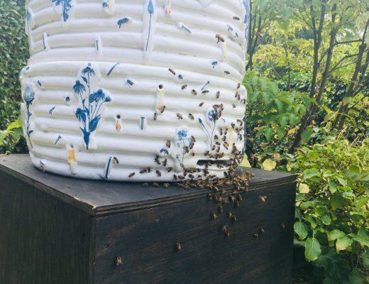 Bienenvase von Katharina Maderthaner